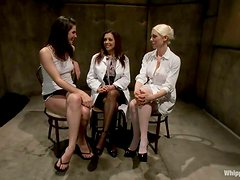 Francesca Le gets double penetrated by her lesbian GFs