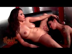 Angelina Valentine eats out Jessica Bangkok