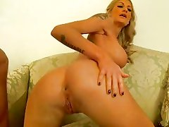 Tight ass blonde takes it in the ass