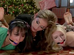Two slim babes get toyed and whipped by their mistress