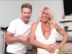 Milf Gina West eaten out by passionate guy