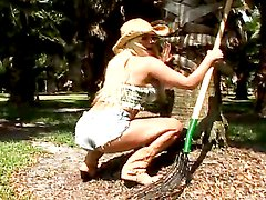 Rough sex outdoors with the sexy cowgirl Shyla Stylez
