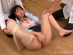 Mako Higashio sucks a cock and gets nailed in threesome vid