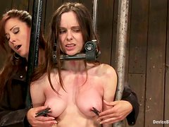 Dominating MILF Having Bondage Fun with Christina Carter and Winter Sky