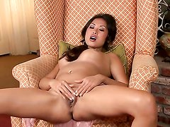Beverly wants this masturbation session to last forever