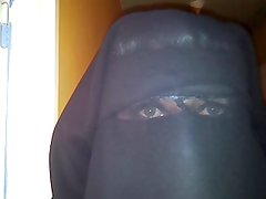 my eyes in niqab