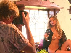 Gorgeous Roos Van Montfort Poses Naked For The Camera Man