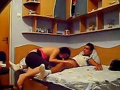 Kinky romania whore likes to suck the cock on the bed