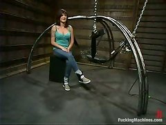 Stacey Stax gets her pussy amazingly pounded with a fucking machine