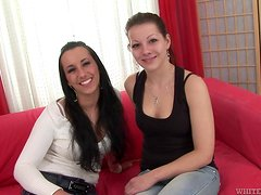 Sexy Lesbians Have Lots Of Heavy Asslicking On High Heels