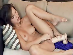 Morgan beauty trying brutal dildo