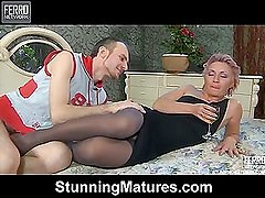 Isabella&Peter kinky mom in action
