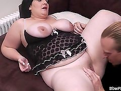Brunette plumper gets her pussy plowed by stranger