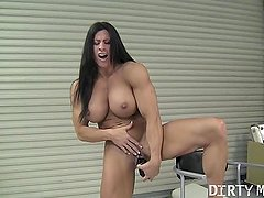 Angela Salvagno 09 - Female Bodybuilder