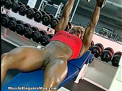 Desiree Ellis 05 - Female Bodybuilder