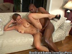 Black Honey Gets That Pussy Pumped!