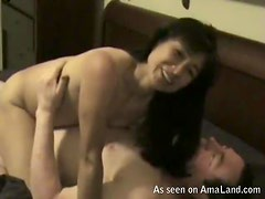 Asian Chick Fucks Her Boyfriend in a Super Sexy Video