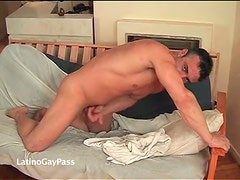 Hunk with thick body masturbates his shaft