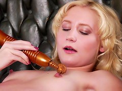 Sexy blonde with dirtiest toy thoughts