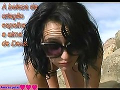 Morena gostosa c bucetinha firme na praia. Young beachgirl with tight pussy