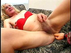 She Wants A Good Dildoing- Gentlemens Video