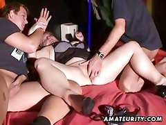 Acabar en la boca - Naughty amateur Milf threesome with cum in mouth