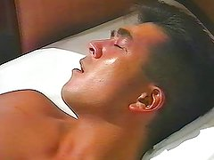 japanese bodybuilder cumshot