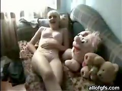Russian Teen Knows Damn Well how To Please Cocks