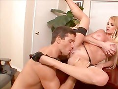Sexy and Mature Taylor Wayne shows off her sucking and fucking skills