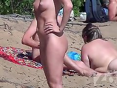 Mumbai Escorts on a Nudist Beach - www.saumyagiri.co.in/city/mumbai/