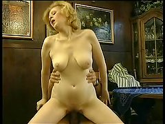 naughty-hotties net - Blonde aunt seducing yo