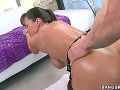 LISA ANN - THE PERFECT MILF!
