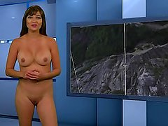nakednews.15.08.23.1080p.mp4