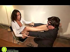 Strong Femme Fatale vs Weak Male (Two Indoor Fighting Episodes)
