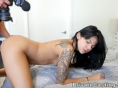 Getting freaky with NY cutie