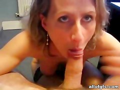 Amateur fuck video with sexy girlfriend