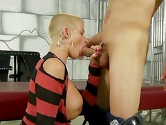 Sensual Joslyn James throat fucks this hard prick