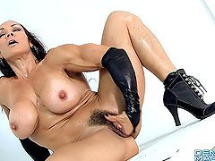 Denise Masino - Black, Wet and Ready Video - Female Bodybuilder