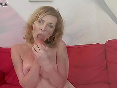 Cougar mother playing with her  kinkyandlonel