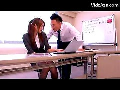 Girl In Suit And Pantyhose Rubbing Guys Cock With Feets Jerking Getting Fingered On The Desk In The Meeting Room