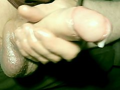 robin jerks his shaved oiled uncut monstercock 132