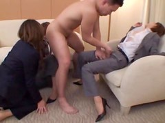 Japanese Babe Has Sex In A Hotel