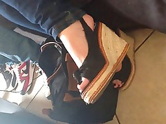 young girl feet size 38 fr