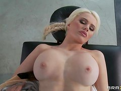 Massage Ends Up With A Wild And Hard Fuck For Alexis Ford