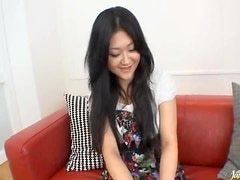 Two Cocks Fuck and Creampie an Asian's Hairy Pussy
