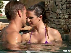 Bikini Babe Rachel Roxxx Is Fucked Outdoors In A Pool