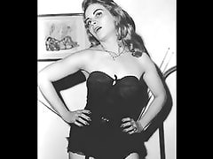 Ooh the 50s, Stockings and Girdles
