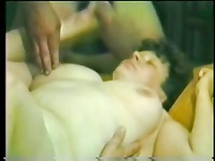 Classic amateur porn with 80s couple fucking R20