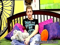 Gay twink bj blog Keith Conner is one sexy,