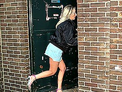 Gorgeous Blonde Gets A Pounding From A Gloryhole
